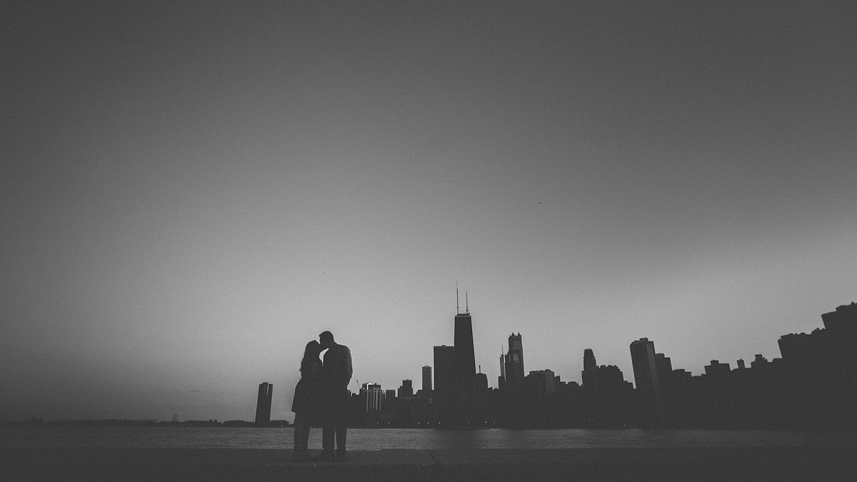 Chicago-Silhouette-Engagement