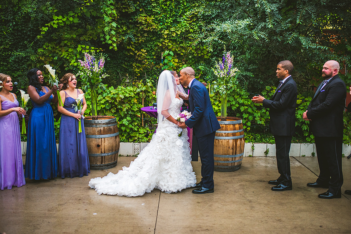 City-Winery-First-Kiss-Photo