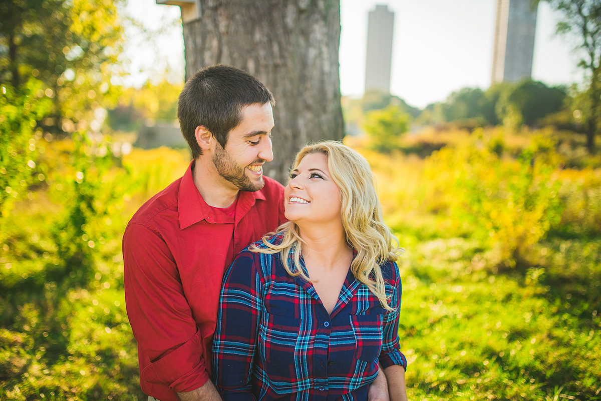 Lincoln-Park-Chicago-Engagement-Photos