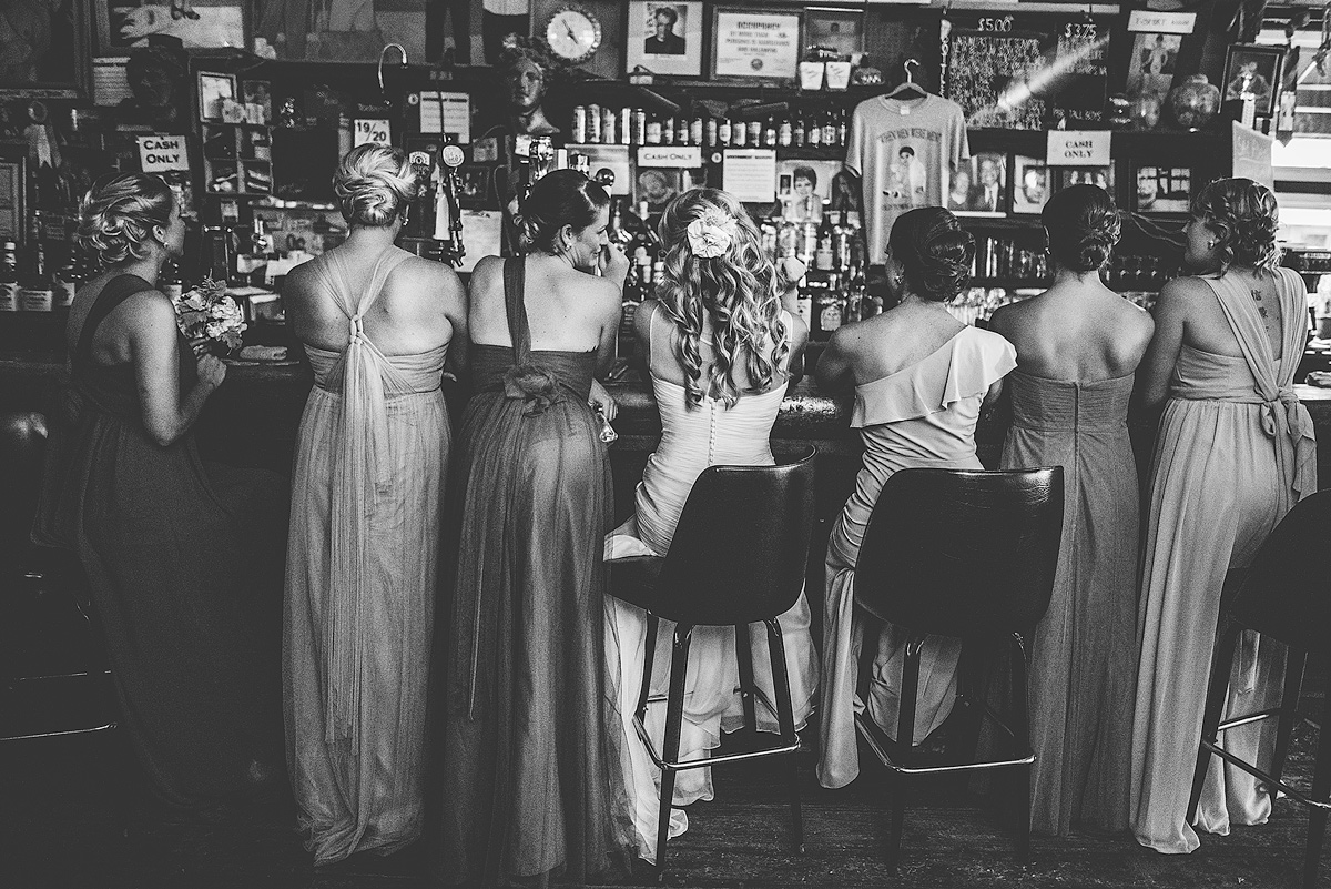Creative-Bridesmaids-Wedding-Photos