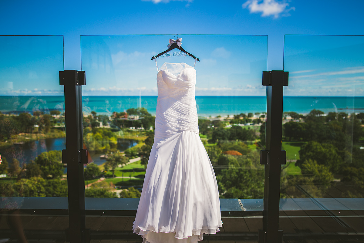 Wedding-Dress-Hotel-Lincoln-Chicago