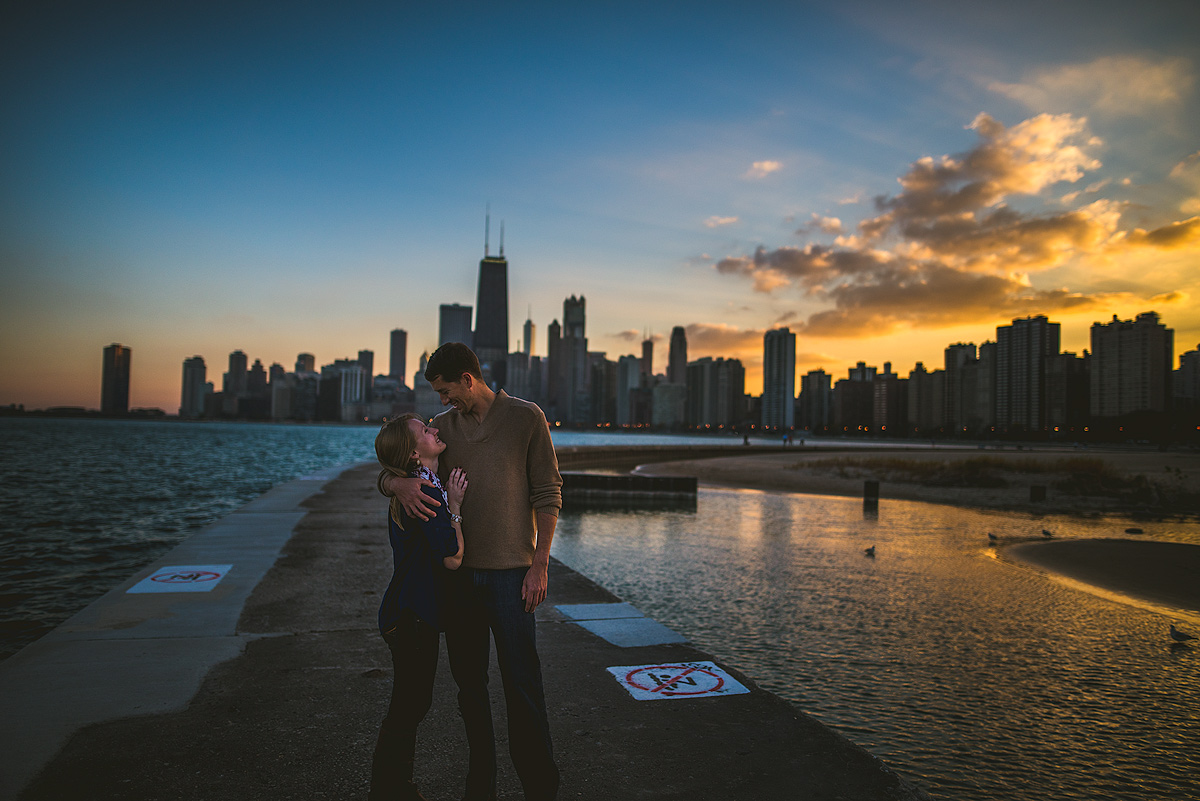 Sunset-Chicago-Skyline-Engagement-Photos