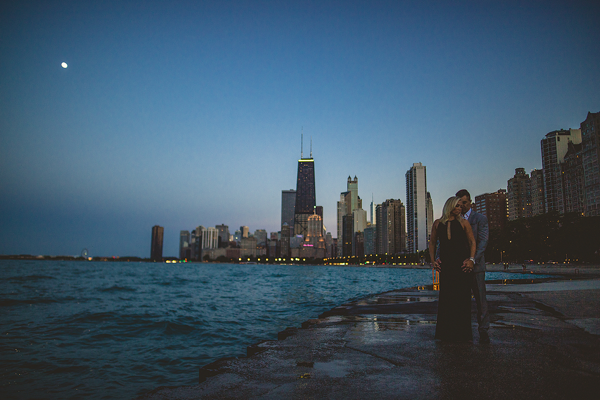 Chicago-Night-skyline-Engagement