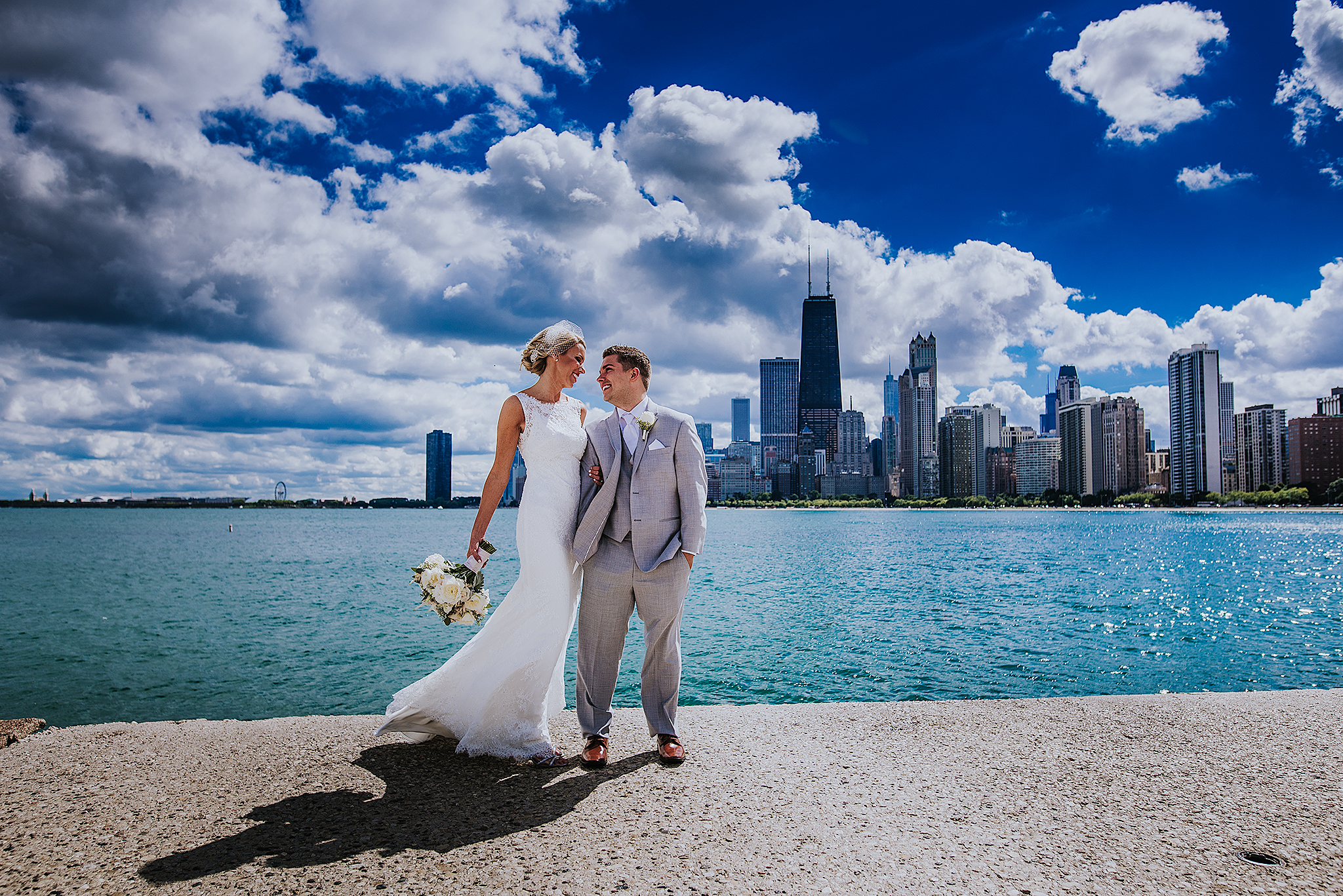 beautiful-chicago-skyline-wedding