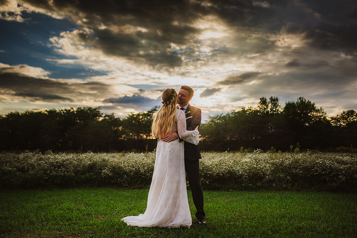 beautiful-sunset-wedding