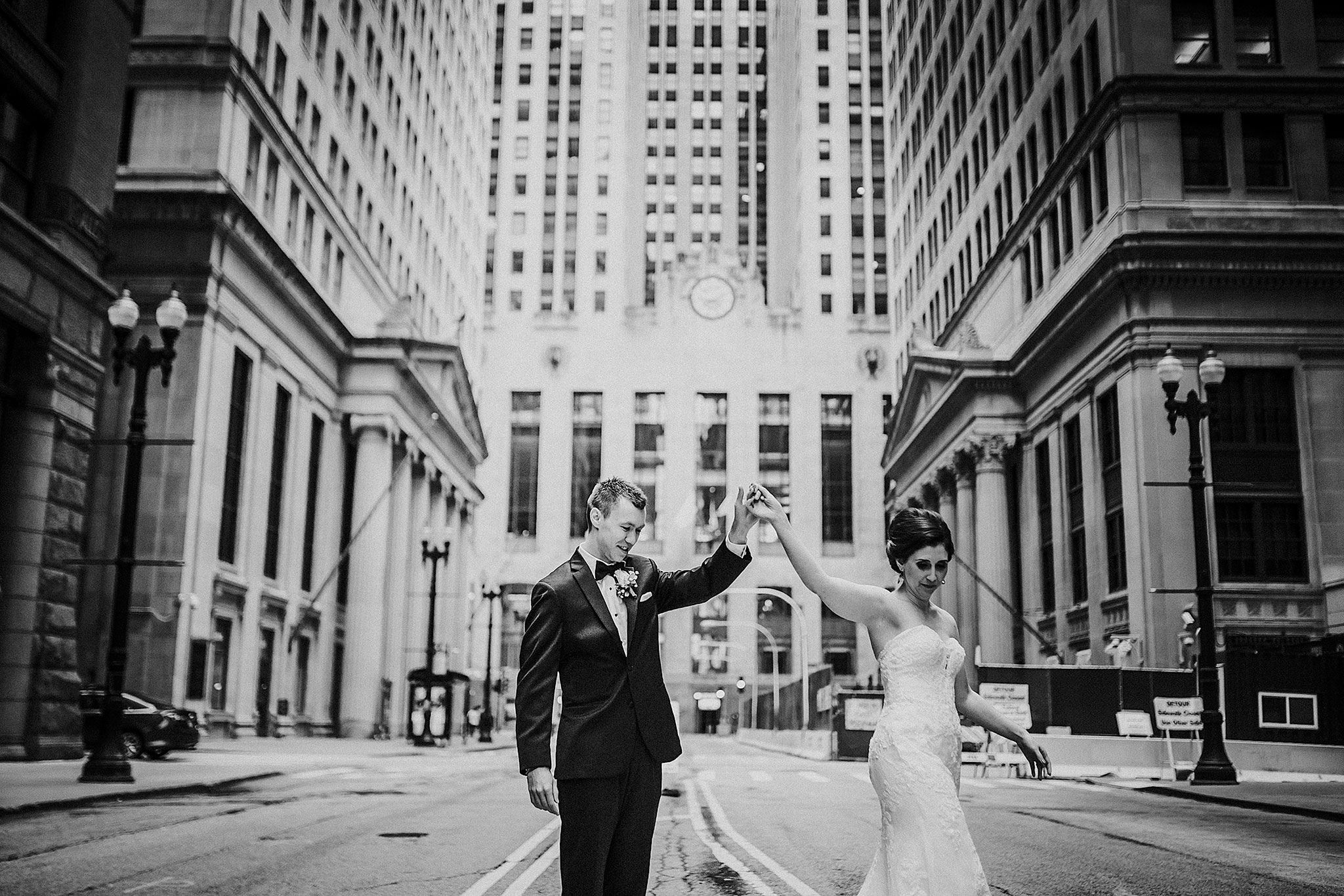 dancing-in-the-streets-wedding-chicago